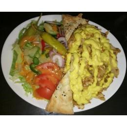 KK9. Kanakebab salaatilla + leipä